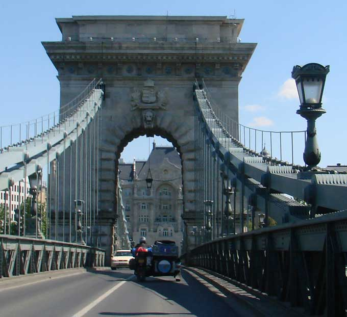 entree_budapest.jpg